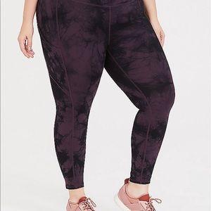 Nwt Torrid size 1 purple black tie dye leggings